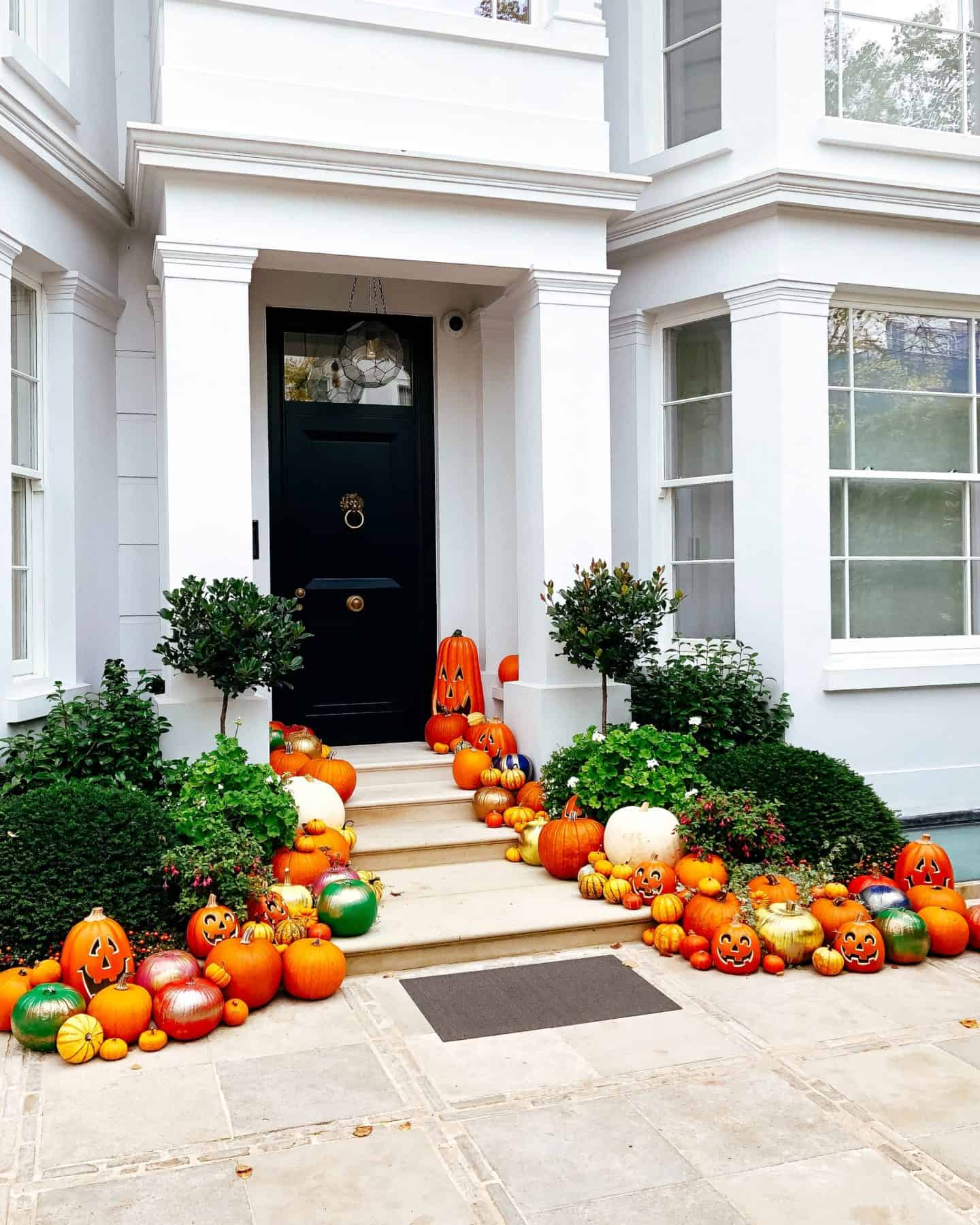 halloween in autumn, london