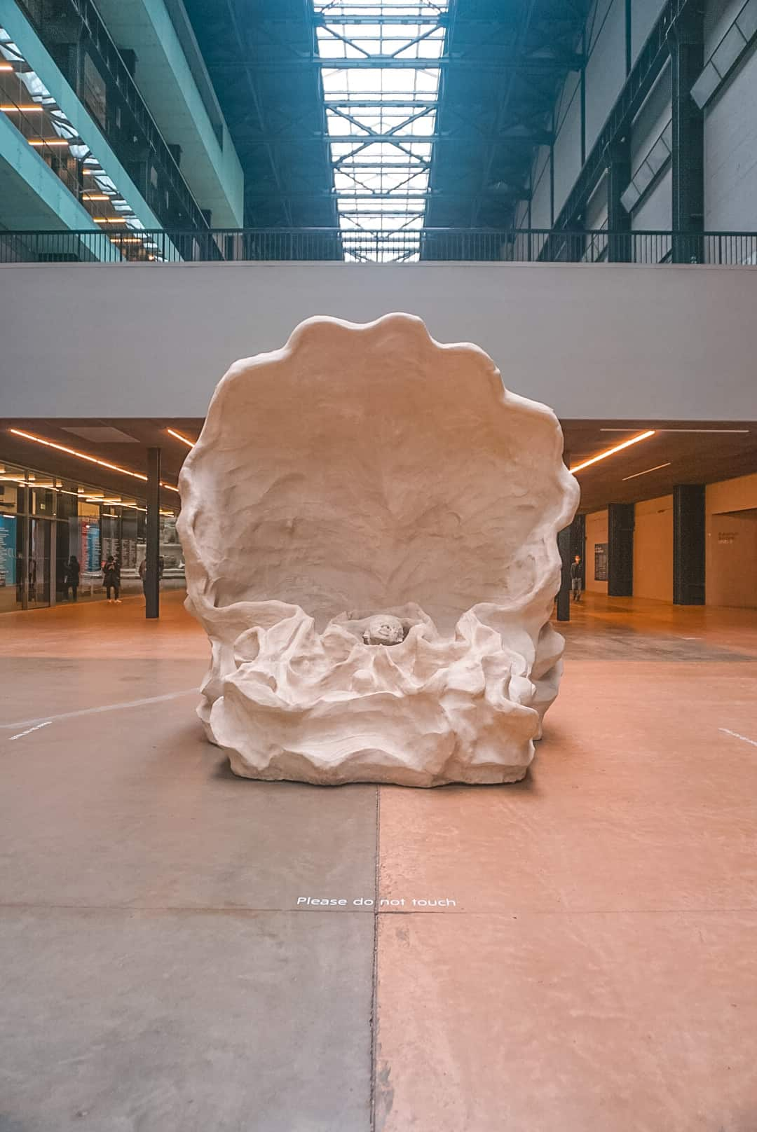 Seashell-at-Tate-Modern-Art-London