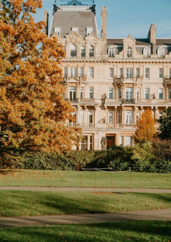 How to Spend a Perfect Autumn Day in London