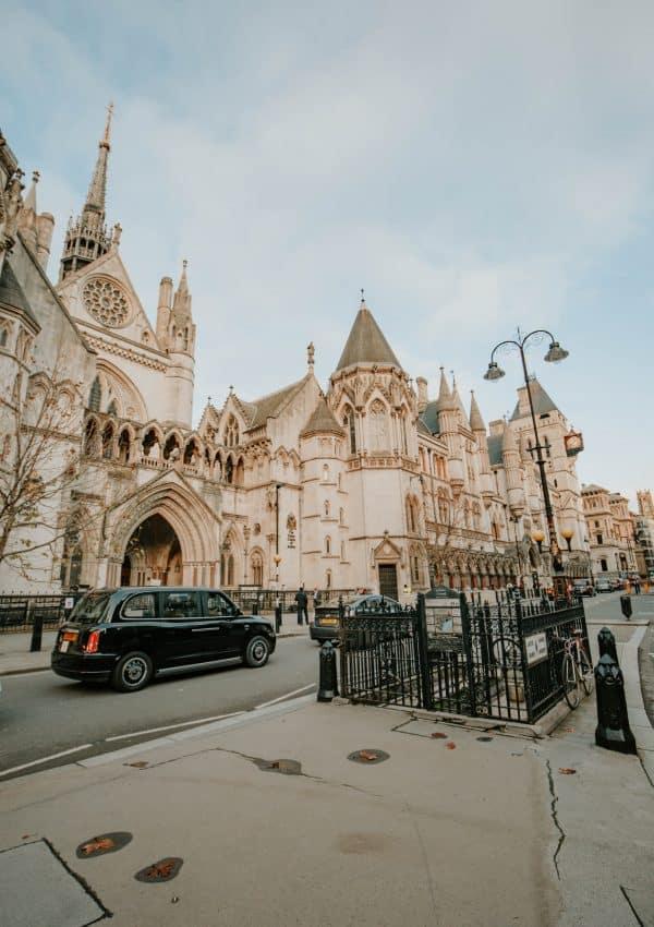 Iconic Bridget Jones Diary Filming Locations in London (+ Map!)