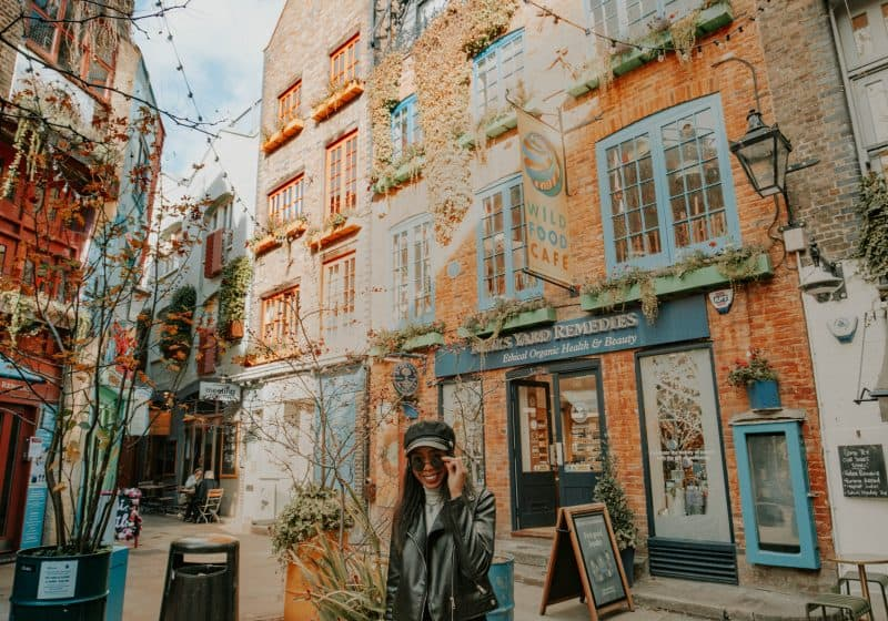 Candace Abroad in Covent Garden