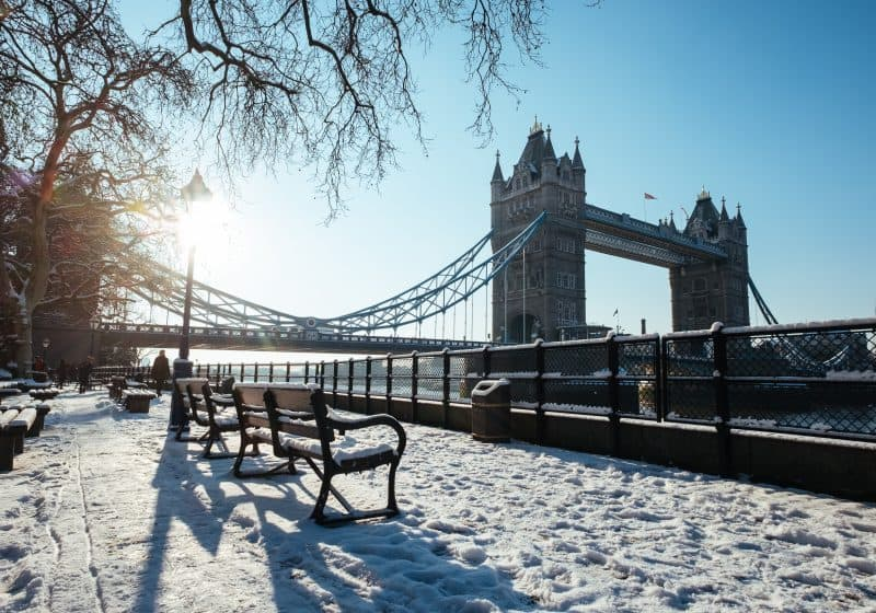 snow-outside-tower-bridge